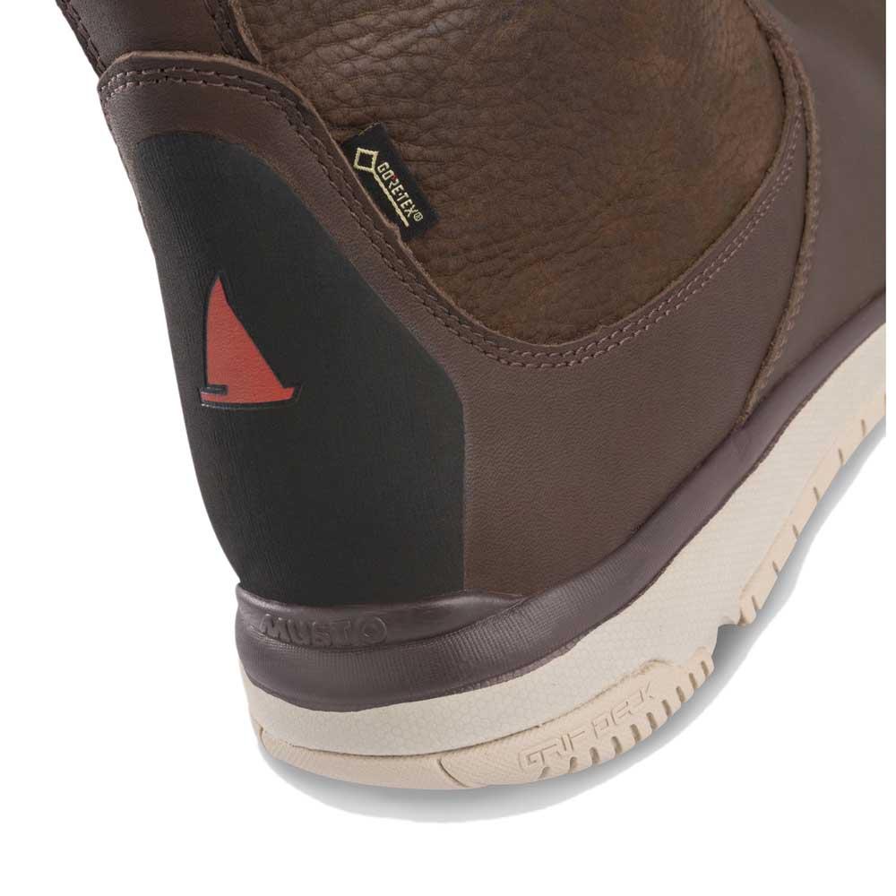 Musto Goretex Leather Sailing Brun köp och erbjuder, Waveinn